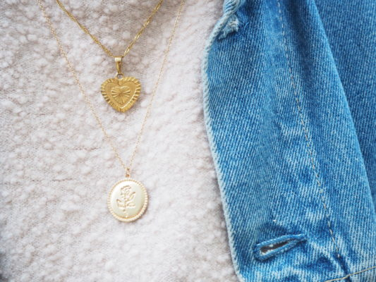 schattige kettinkjes - love necklace en rose necklace